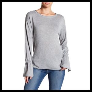 14th & Union Bell Sleeve Sweater Grey